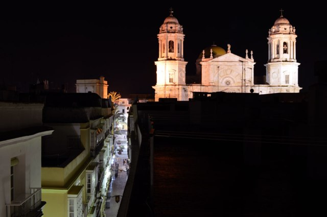 cadiz_cathedralnight